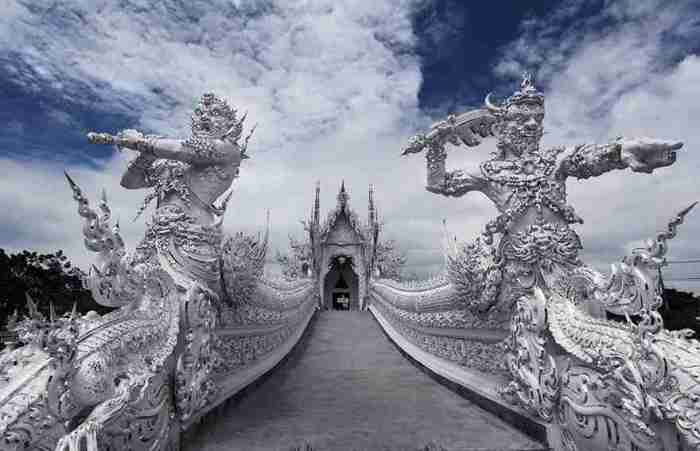 white-temple-thailand-6